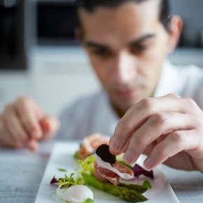 Jozef Youssef plating